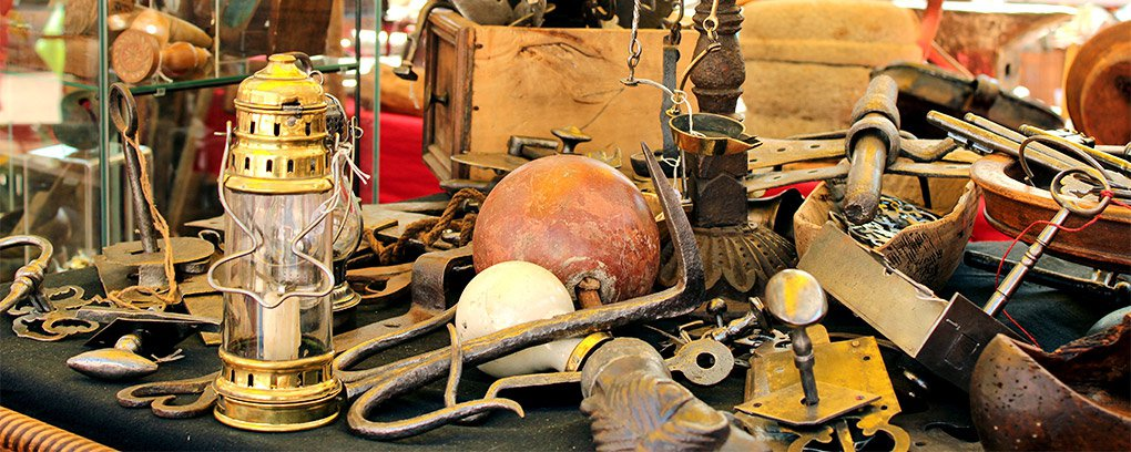 Devenir brocanteur antiquaire commisaire priseur